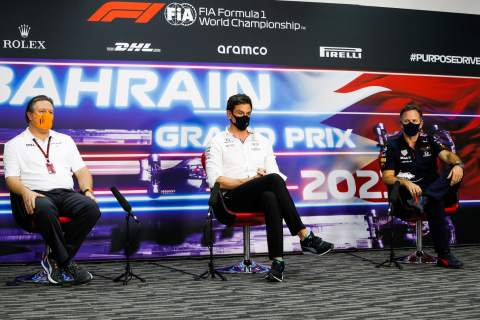 (L to R): Zak Brown (USA) McLaren Executive Director; Toto Wolff (GER) Mercedes AMG F1 Shareholder and Executive Director; and Christian Horner (GBR) Red Bull Racing Team Principal, in the FIA Press Conference.