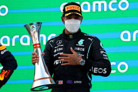 Hamilton thought about ignoring Mercedes' second F1 pit stop call in Barcelona