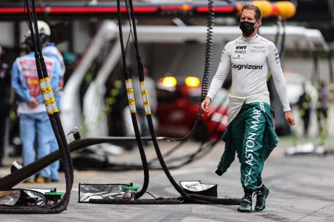 """Vettel: Aston Martin giving up on F1 2021 would be """"wasted opportunity"""""""