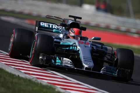 Mercedes interested in closer ties with smaller F1 team