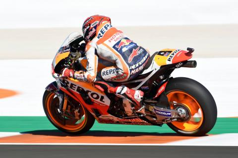 REPORT: Pedrosa wins, Marquez champion