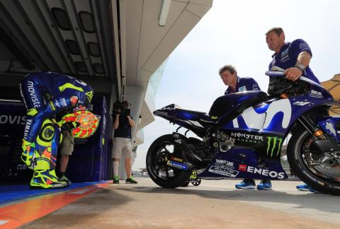 'Good pace', but Rossi puzzled by fast-lap fade