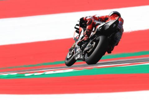 Lorenzo sees off Marquez in Austria duel