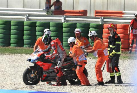 Tyre choice, Marquez 'tactics' blunt Lorenzo charge