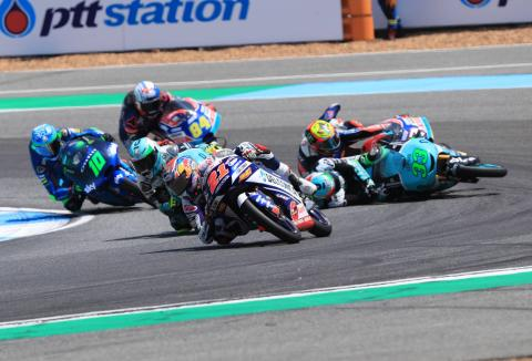 Moto3 Thailand: Victory for Di Giannantonio as Bezzecchi falls