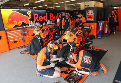 KTM resumes testing at Le Mans, Pedrosa still absent