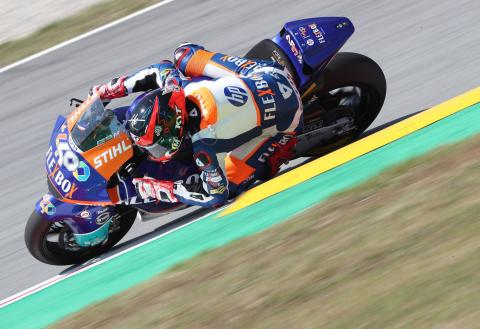 Moto2 Assen: Fernandez takes maiden win in incident filled thriller