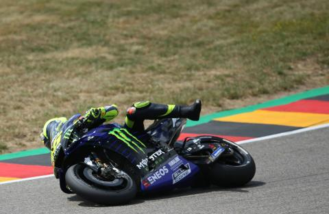 Rossi: Motorcycle 'more like a girlfriend than a mum!'