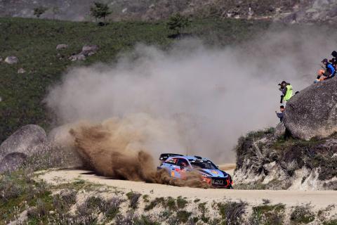 Neuville memimpin gelar WRC dengan kemenangan Portugal