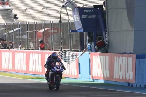 Toprak Razgatlioglu takes the flag Jerez WorldSBK race1, 26 September 2021