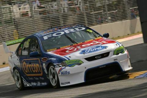 Practice Patter - PlaceMakers V8 Supercars.