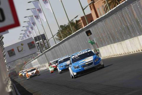 Huff wins Marrakech opener