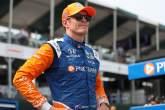 Scott Dixon uncatchable in Detroit Race 2