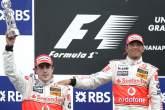 Fernando Alonso (ESP) McLaren MP4/22, Lewis Hamilton (GBR) McLaren MP4/22, Indianapolis F1, USA, 200