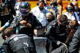 Lewis Hamilton (GBR) Mercedes AMG F1 op de grid.