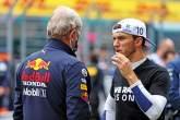 (De izquierda a derecha): Dr. Helmut Marko (AUT) Consultor de Red Bull Motorsport con Pierre Gasly (FRA) AlphaTauri en la parrilla.