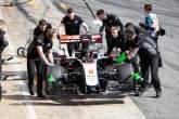 Haas menjadi tim F1 kelima yang mencuti staf, para pembalap menerima pemotongan gaji