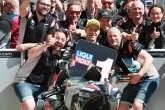Moto2 Austin: Schrotter menahan saingannya untuk mengklaim posisi terdepan