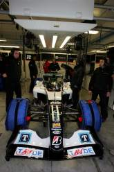 Minardi test Aussies, and 2005 package.