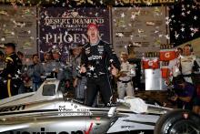 Newgarden menuntut kemenangan Phoenix IndyCar terlambat