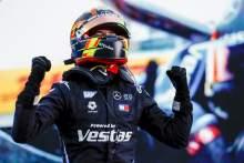 Vandoorne memimpin Mercedes 1-2 di final musim Formula E.