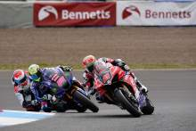Roles reversed at Knockhill as Iddon beats O'Halloran to victory