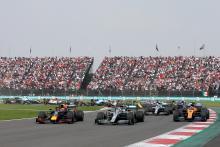 """Hamilton: Verstappen adalah """"magnet"""" untuk bentrok"""