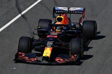 """Albon 'kembali ke dalamnya' selama tes F1 Red Bull yang """"mulus"""""""