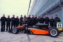Flörsch completes first F3 outing since Macau GP crash