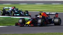 F1 GP Inggris: Verstappen Kalahkan Hamilton untuk Kemenangan Sprint排位赛