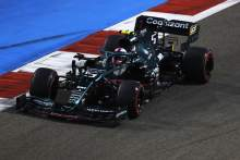 Abaikan Bendera Kuning, Sebastian Vettel Terancam Penalti di Bahrain