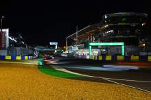 Le Mans 24 Hours at night [credit: Andrew Hartley]