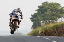 Dunlop sticks with Tyco BMW for 2019