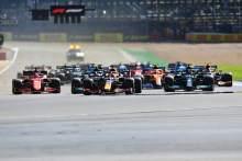 梅尼莱F1短跑资格赛:阿帕扬·贝哈西尔·丹·蒂塔克
