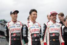 Alonso, Buemi, Nakajima mengklaim gelar WEC di Le Mans