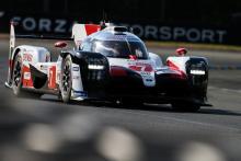Lopez memimpin Nakajima saat hujan, Safety Cars menghantam Le Mans