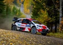 WRC Finlandia: Hari Sabtu Penuh Drama, Evans Pimpin Reli