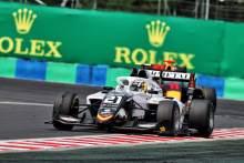 Colombo Dipenalti, Iwasa Menangi Sprint Race 1 F3 Hongaria