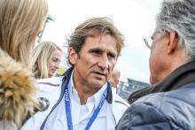 Mantan pembalap F1 Alex Zanardi menjalani operasi ketiga