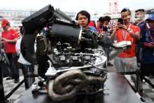 红牛Ingin F1 Beralih ke Mesin V4 untuk动力单元巴鲁