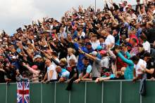 Silverstone confirms capacity F1 crowd for British GP