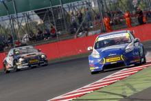 Jackson wins Silverstone thriller