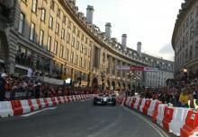 BAR-Honda driver Jenson Button during the LG Electronics presents F1 comes to Regent Street parade