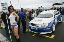 Grid Girl of Harry Vaulkhard (GBR) - Tempus Sport Chevrolet Lacetti, Babe
