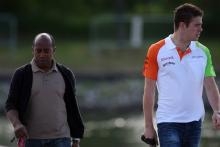 10.06.2011- Paul di Resta (GBR) Force India VJM04 and his manager Anthony Hamilton (GBR)