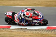 Dixon beats Mackenzie by 0.004s for pole, Haslam P3