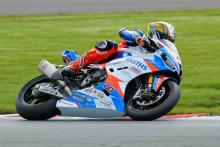 NW200: Hickman dominates to Superstock win