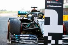 Race winner Lewis Hamilton (GBR) Mercedes AMG F1 W11 celebrates in parc ferme.