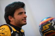 "Haas ""half a step"" ahead of F1 midfield – Sainz"