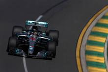 Hamilton edges Verstappen to lead Australia FP2